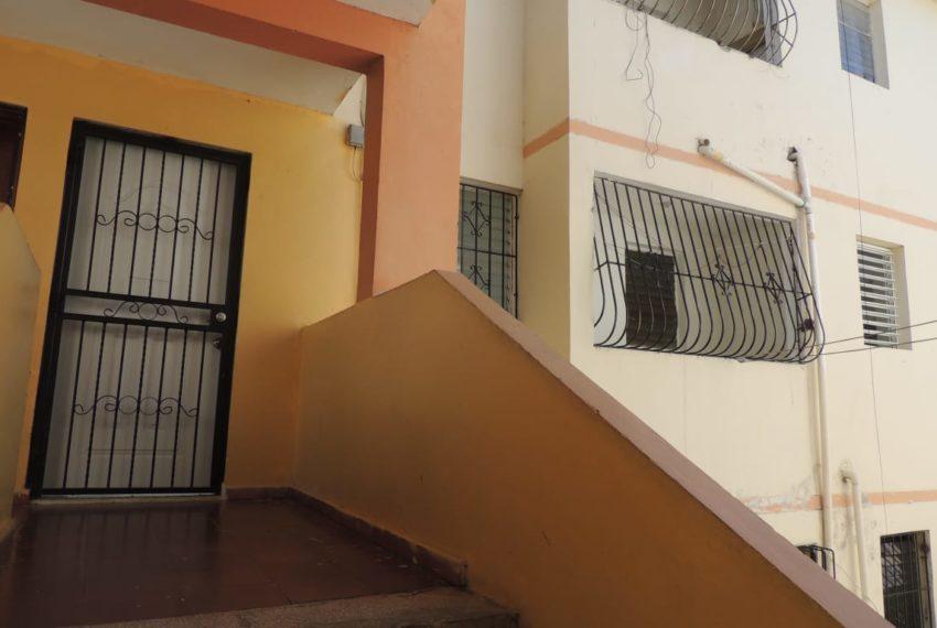 Apartamento villa olimpica - entrada
