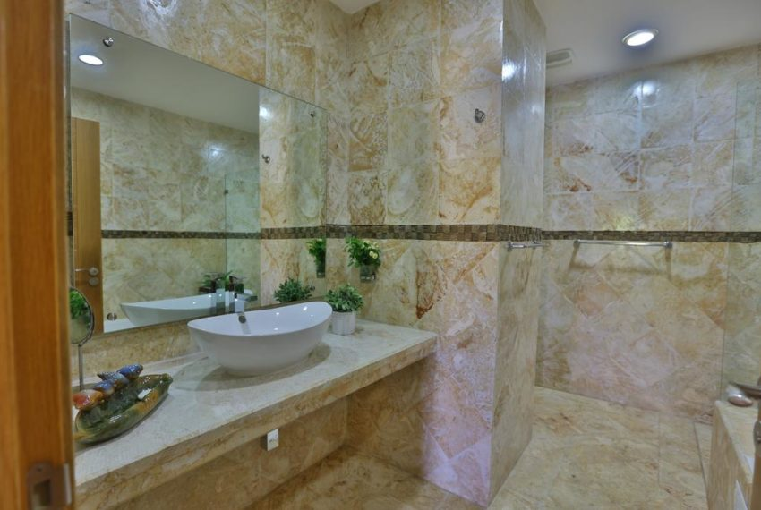 Sybaris Suites & Residences - Ducha 2